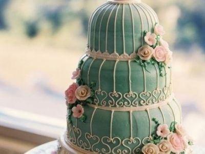 Creative Green And Fine Multi Layer Cake Design