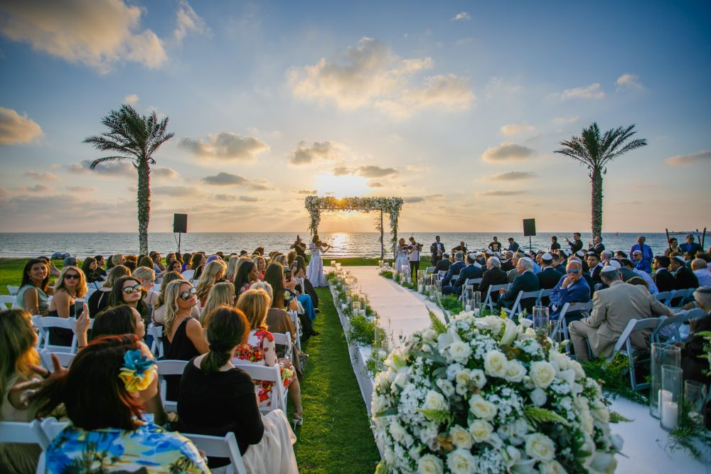 Exotic venues for the perfect beach wedding in Israel